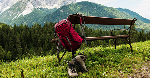 hiking with a prosthesis
